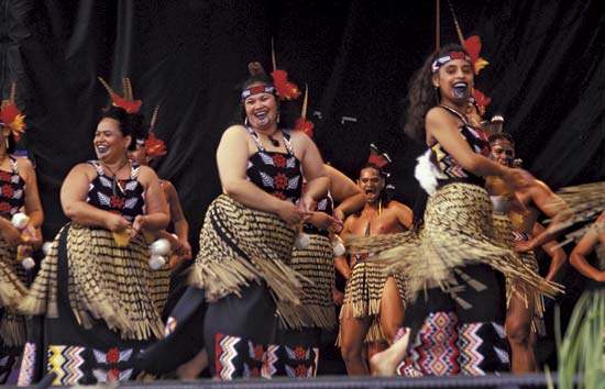 Women In Maori Culture: New Zealand Travel Packages & Vacations: Leisure Image Gallery